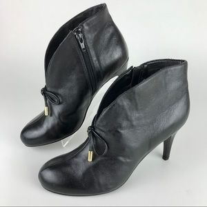 HOT IN HOLLYWOOD ankle boots